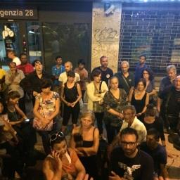 Assemblea Piazza della Marranella - Claudio riassume quanto emerso nell'assemblea